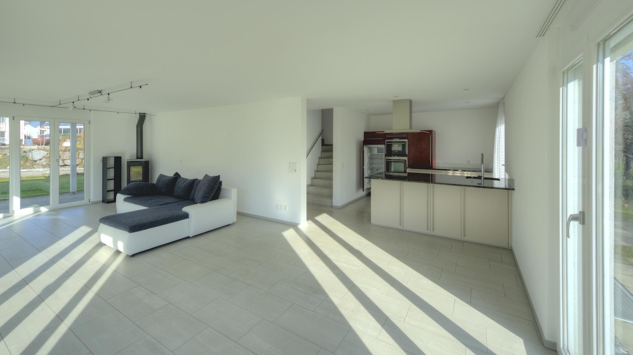 Wohn- Essbereich mit der Küche