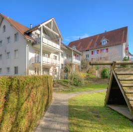 Dinhard, Wohnung