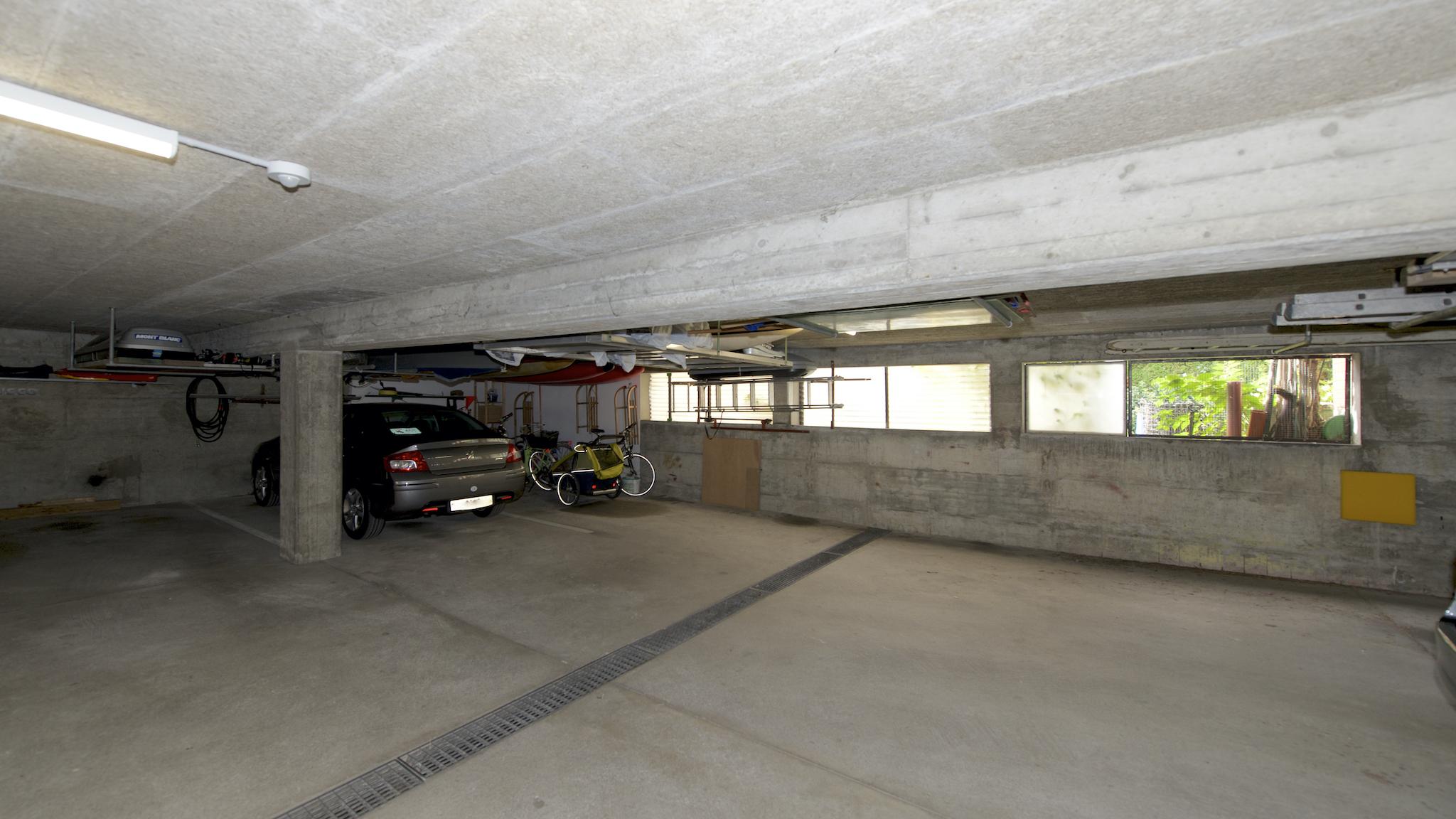 Tiefgarage mit dem Garagenplatz