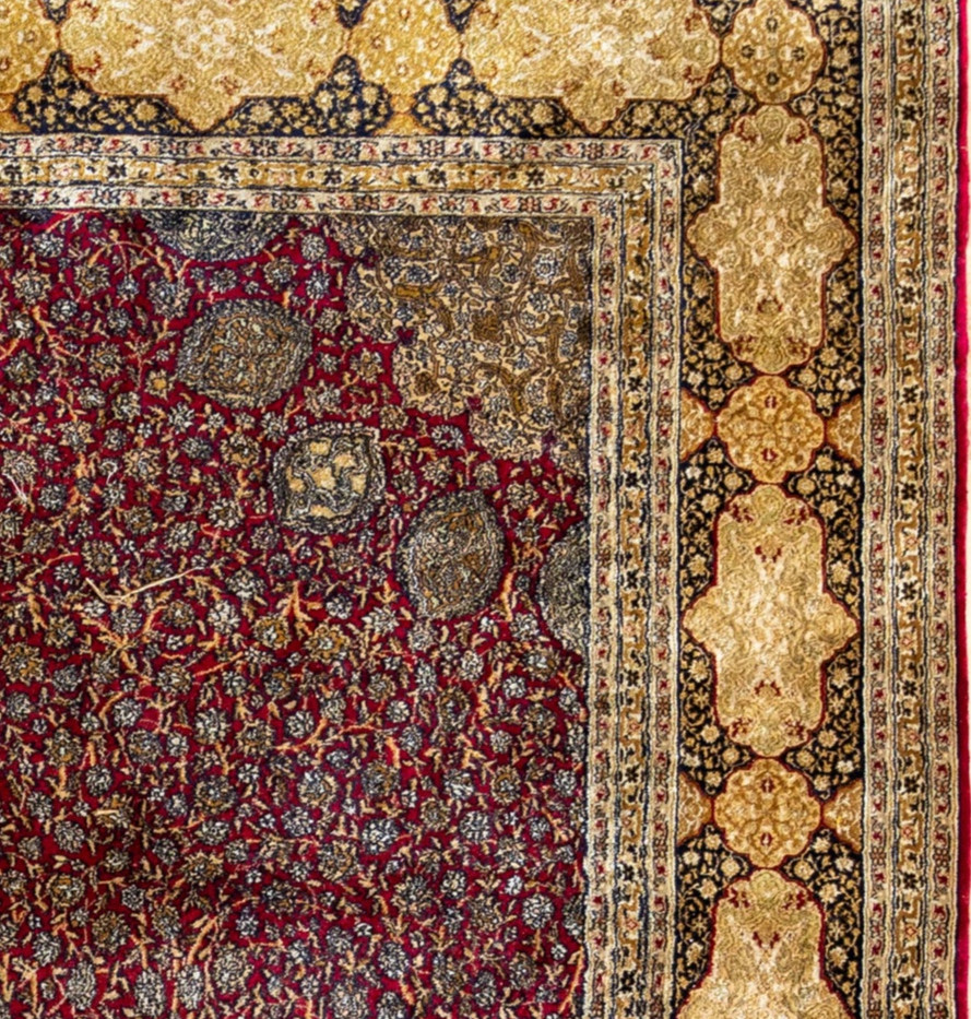 Kashmir Silk Carpet