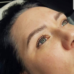 healed lash line and microblading