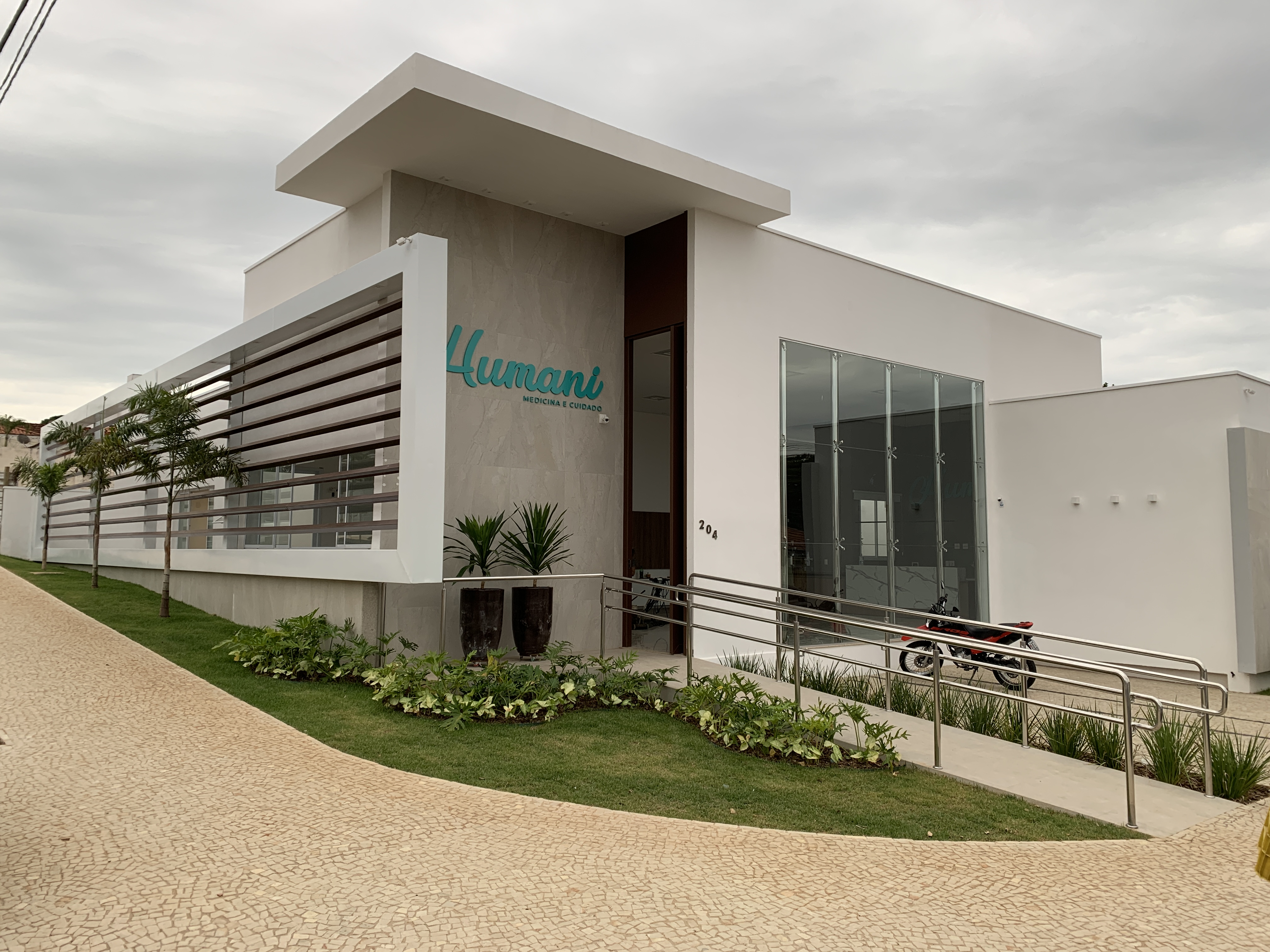 Clinica Humani Fachada