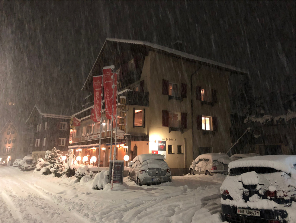 Mountain Lodge Snowfall