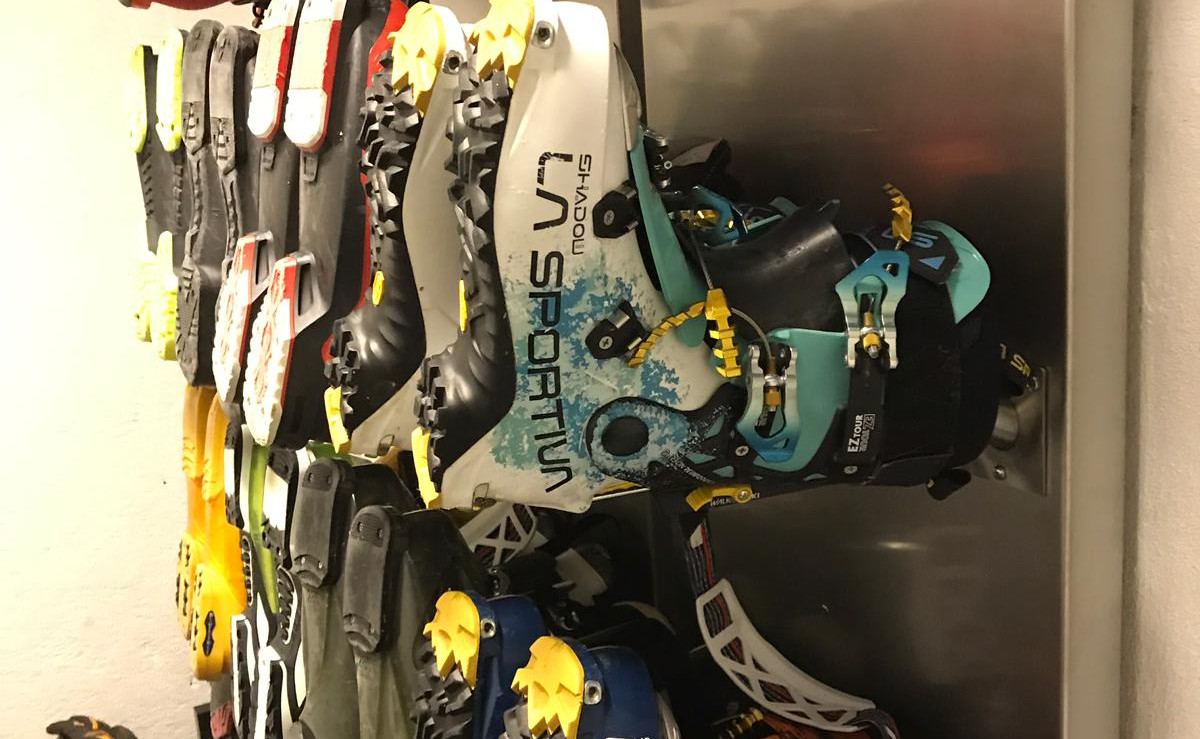 Mountain Lodge ski boot dryer