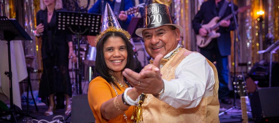 2020 NYE couple dancing 2.jpg