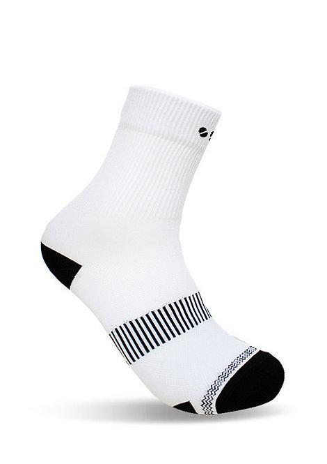 Oss Socks (White)
