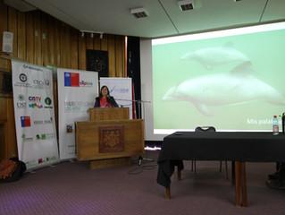 """Chile: Escenario de la Conferencia """"Nuestro Océano"""" y lanzamiento del libro """"El Delfín Chi"""