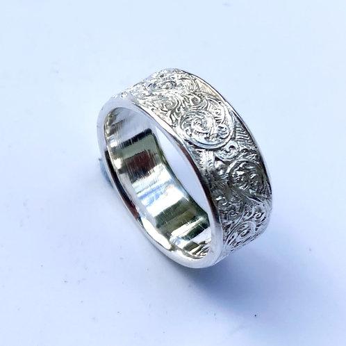 Fine Scroll Ring