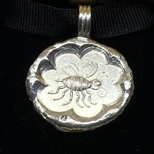 Bee/Flower Pendant