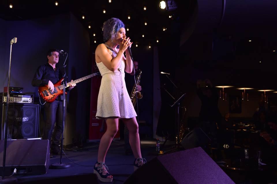 Rachelle Plas chanteur harmoniciste