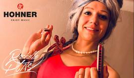 Rachelle PLAS Harmonica HOHNER Artist Golden Melody Little Lady
