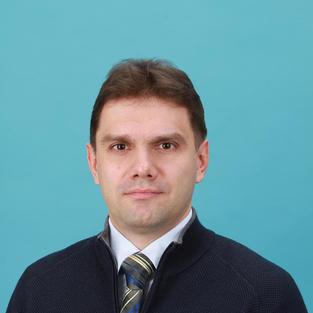 Prof. M. Sheremet (Russia)