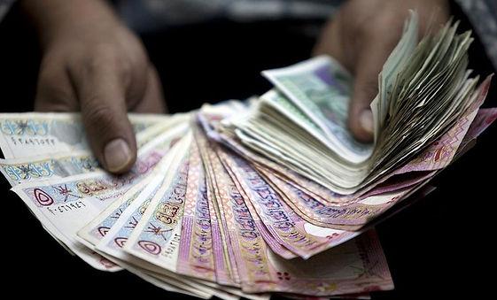 أكثر-من-مليار-ريال-عماني-..-بدلات-في-٢٠١