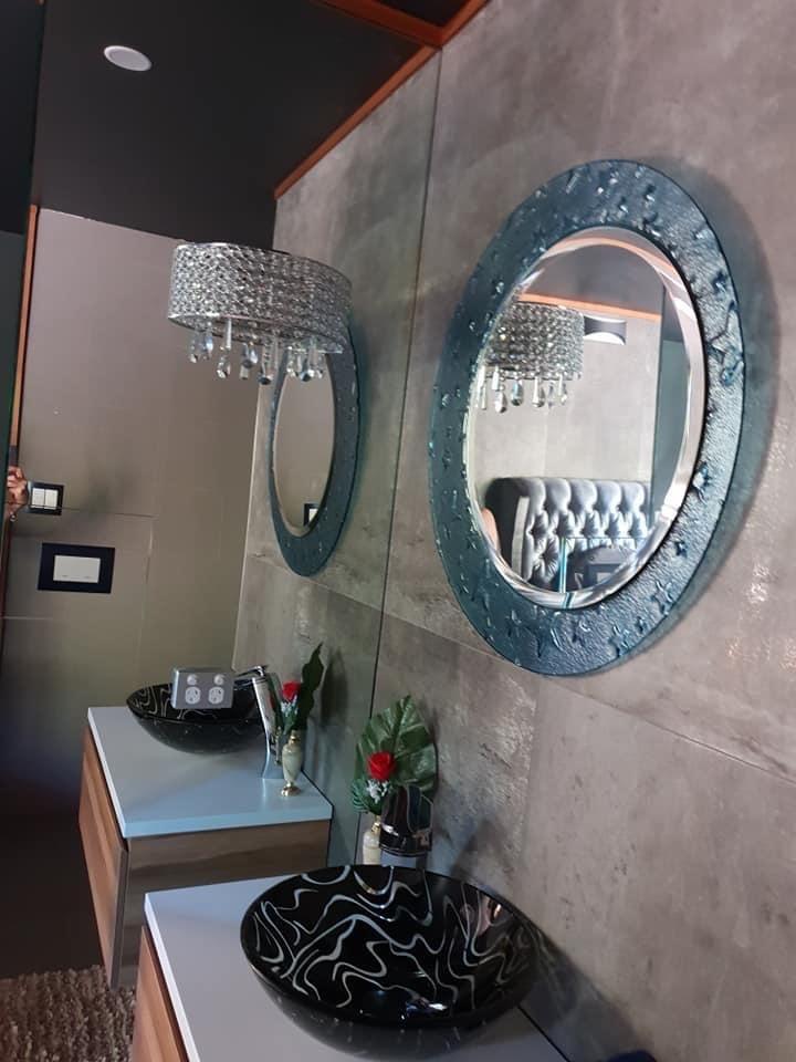 Villa vanity