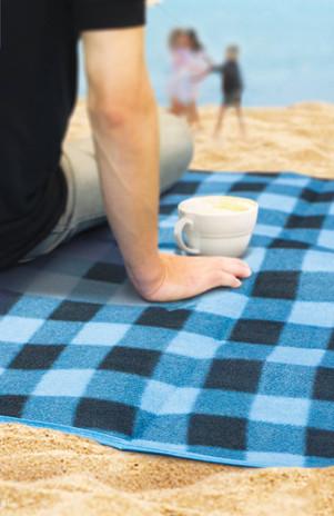 Alfresco Picnic Blanket Lifestyle.jpg