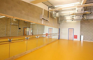 dance-studio-1023x662.jpg