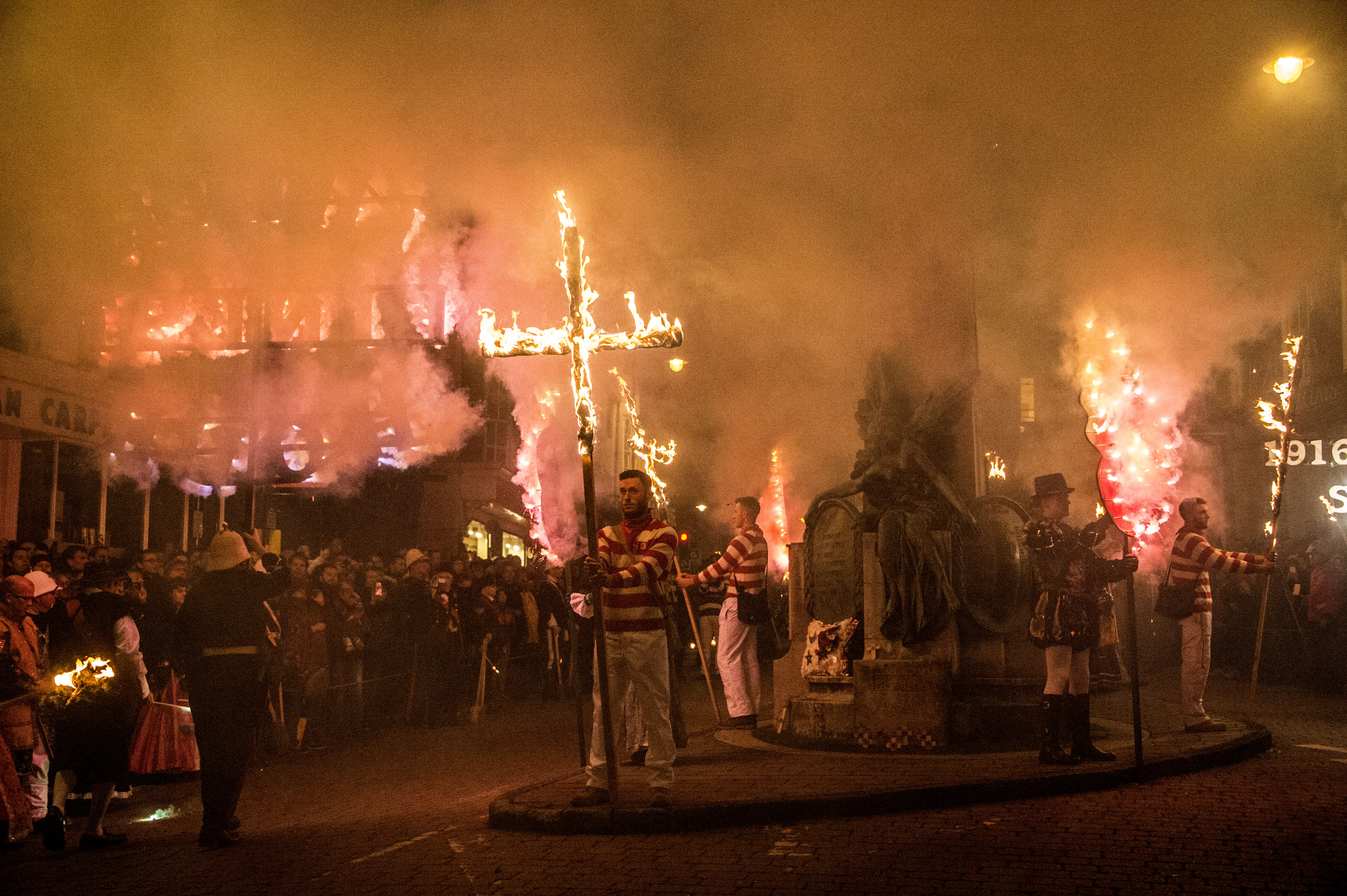 Lewes Bonfire 2016