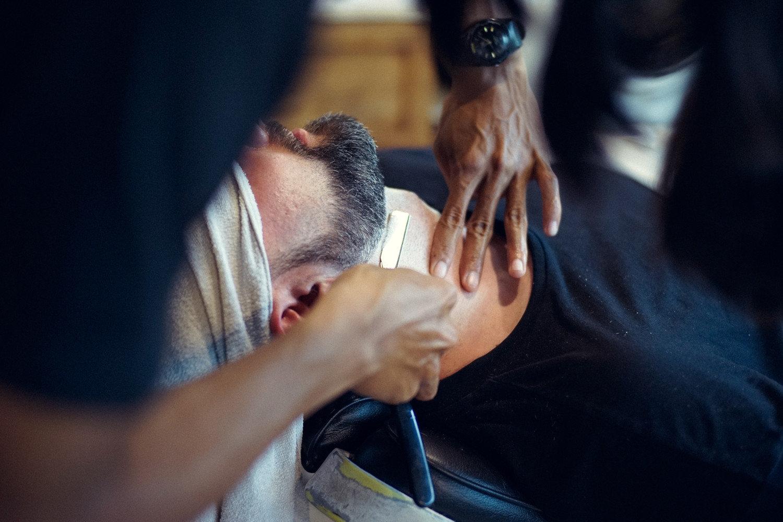 Bart rasieren