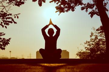 Yoga Health Benefits Discovered On Kleyne Talk Radio With International Instructors