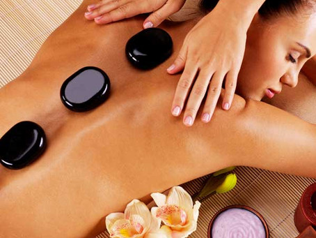 What Are the Health Benefits of a Hot Stone Massage?