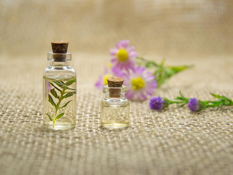 Essential Oils To Add To Your Skincare Routine