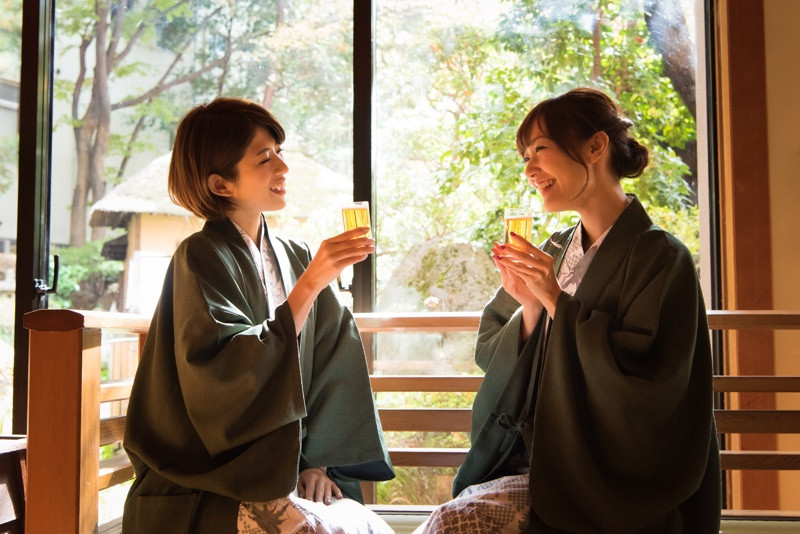 Drinking beer after bath is the best. You can drink a glass of beer free at near public bath.