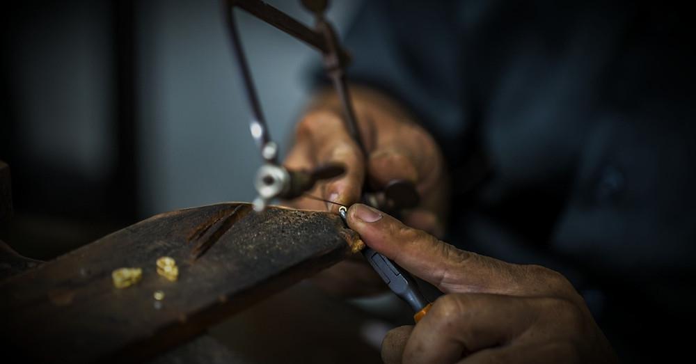 Jadau Jewellery Manufacturing