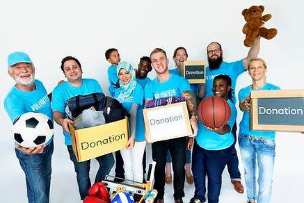 80311536-group-of-volunteer-people-donat