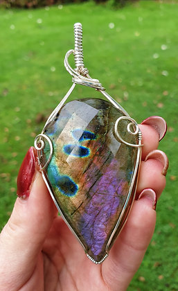 Faceted Purple Labradorite Pendant