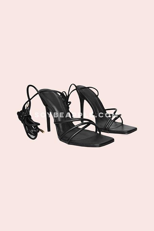 Zapatos tiras  negro