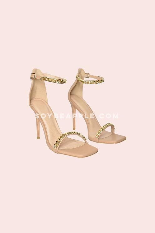 Zapato pulsera con cadenas camel