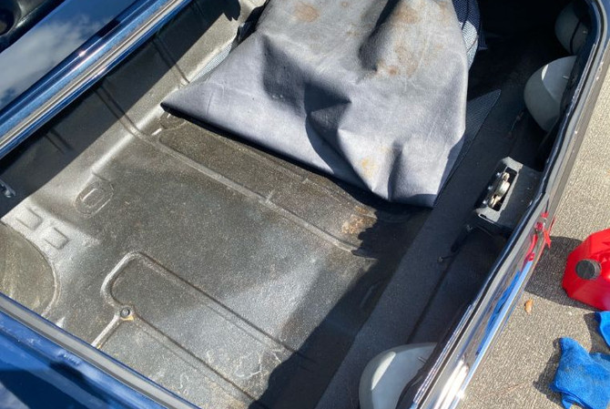 1967 Pontiac GTO - trunk view 3
