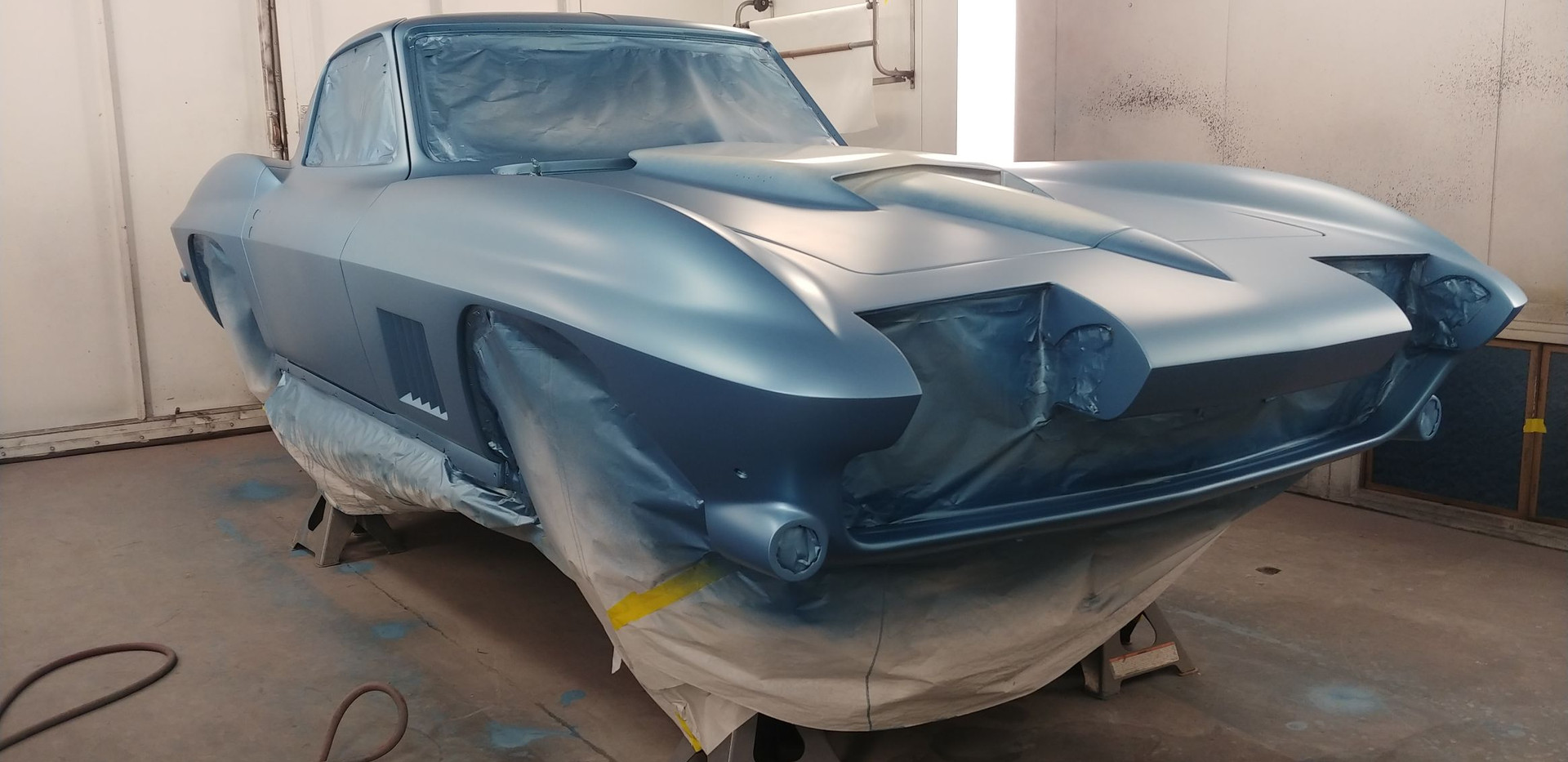 High End Paint Shop 1967 Corvette.jpg