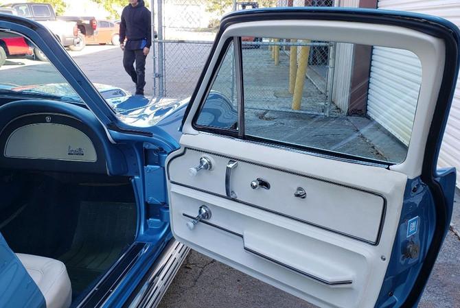 1967 Corvette Door