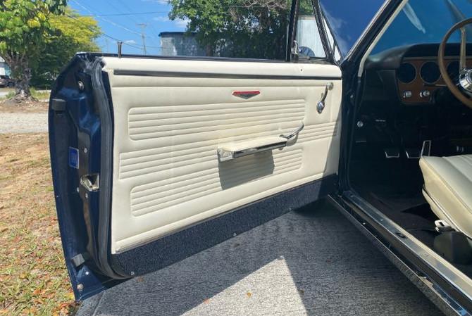 1967 Pontiac GTO - left side door