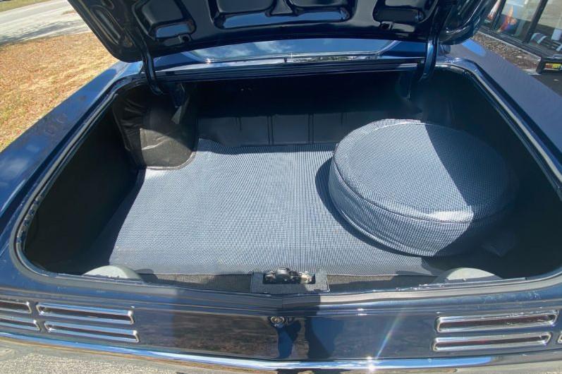 1967 Pontiac GTO - trunk view 1
