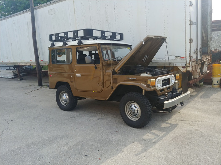1978 Toyota FJ Cruiser Custom Paint.jpg
