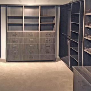his closet design.jpg