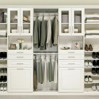 ccustom-white-varnished-closet-organizer