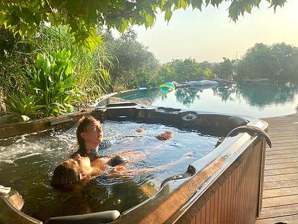 אירועים פרטיים אצלכם בבריכה.jpg