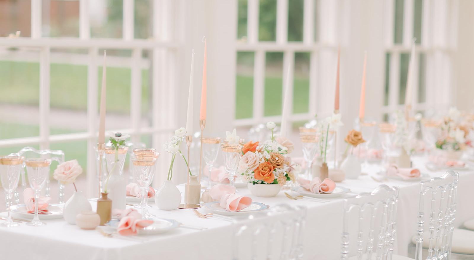 Elegnat table setting