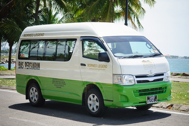 09 Seater Van x 05 Units