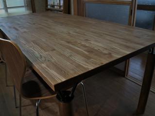 大型ダイニングテーブル