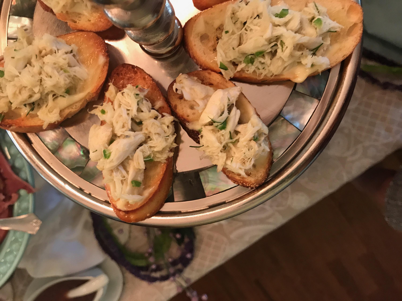 Crab Toasts with Lemon Aioli