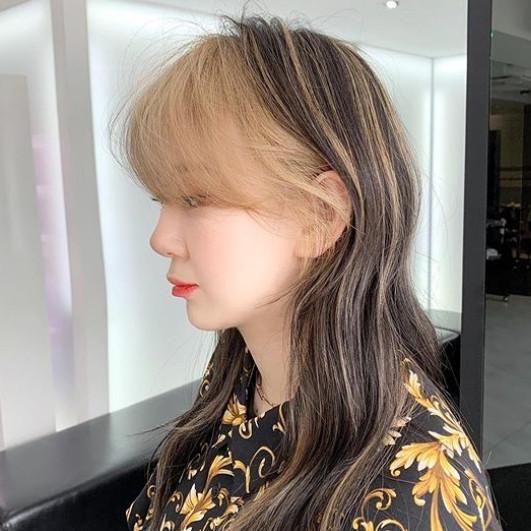 韓国 ヘアスタイル バングカラー