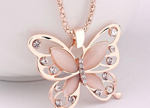 Luxury Butterfly Pendant Necklace