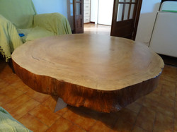 Table basse - Section de platane