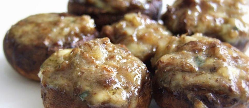 Cogumelos rechados com Gorgonzola e Nozes - por Luciana Lancellotti (Gourmet Viajante)