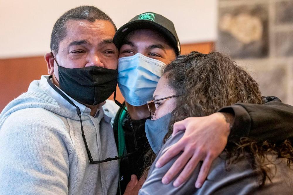 Pereira celebrates with his family