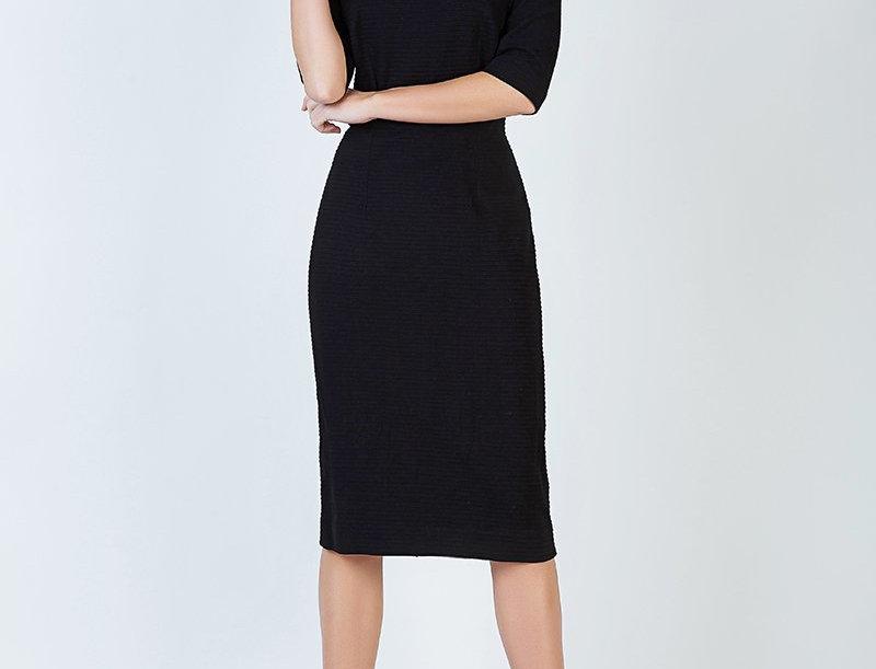 Veria Black Dress
